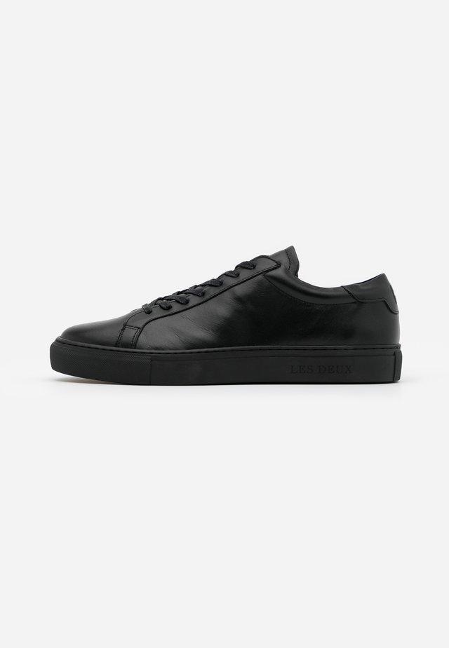 CALLÉ - Sneaker low - black