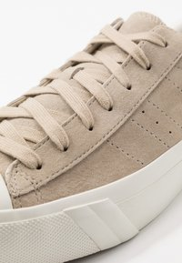 Les Deux - PRO-KEDS ROYAL - Trainers - light brown insence/offwhite - 6