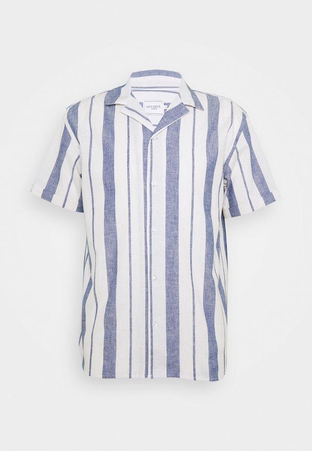 SIMON - Košile - offwhite / cobalt blue