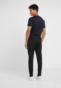 Les Deux - SUIT PANTS COMO - Pantalon classique - black - 2