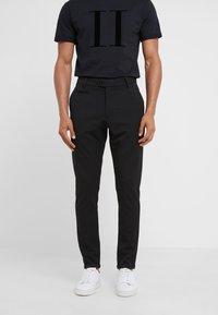 Les Deux - SUIT PANTS COMO - Pantalon classique - black - 0