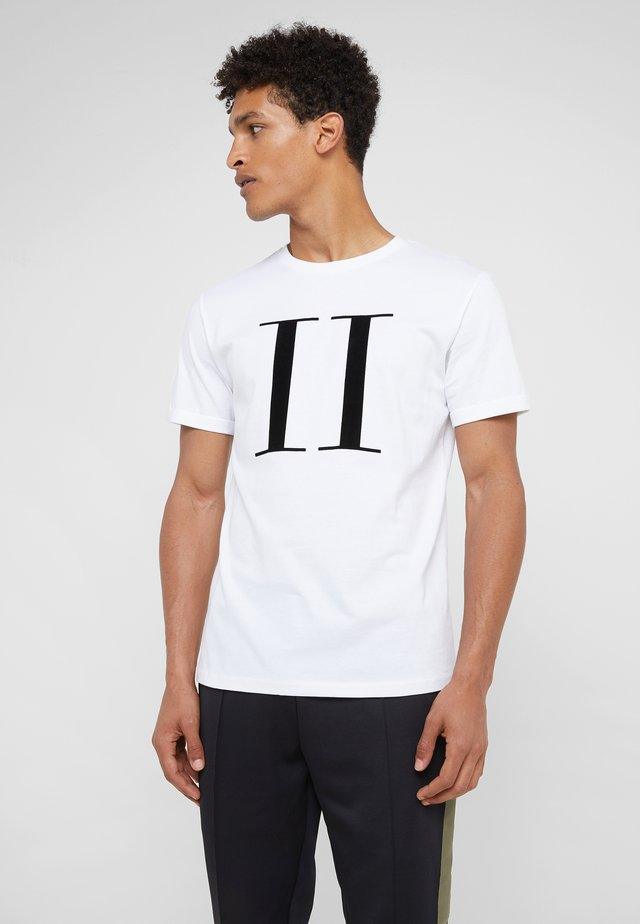 ENCORE  - T-shirts med print - white/black