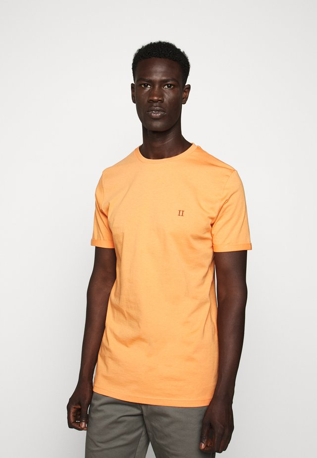 NØRREGAARD - T-Shirt basic - dark papaya/orange