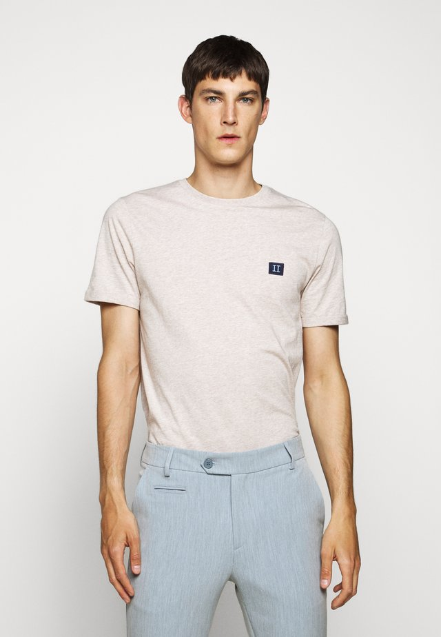 PIECE - T-Shirt basic - light brown melange/navy blue