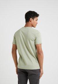 Les Deux - PIECE - T-shirts - tea green - 2
