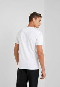 Les Deux - LENS - T-Shirt basic - white/black - 2