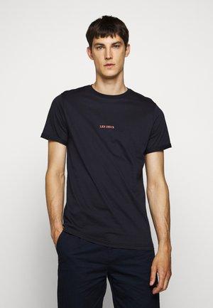 LENS - Jednoduché triko - dark navy