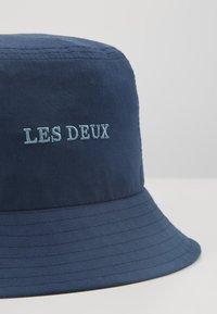 Les Deux - TOULOUSE BUCKET HAT - Hat - dark navy/provincial blue - 3