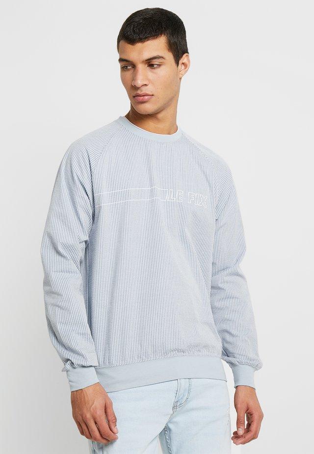 SEERSUCKER CREW - Long sleeved top - grey