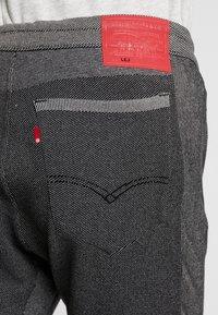 Levi's® Engineered Jeans - LEJ ANNIVERSARY - Pantalon de survêtement - black - 5