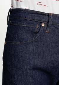 Levi's® Engineered Jeans - 502 REGULAR TAPER - Jeans Tapered Fit - rinse denim - 5