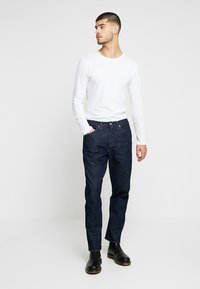 Levi's® Engineered Jeans - LEJ 03 RELAXED TAPER - Jeans Tapered Fit - rinse denim - 1