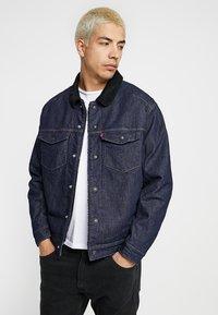 Levi's® Engineered Jeans - TRUCKER - Spijkerjas - dark blue denim - 0