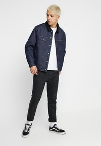 Levi's® Engineered Jeans - TRUCKER - Denim jacket - dark blue denim - 1
