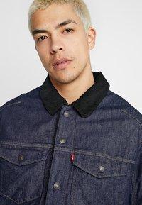 Levi's® Engineered Jeans - TRUCKER - Spijkerjas - dark blue denim - 3