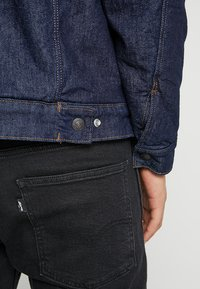 Levi's® Engineered Jeans - TRUCKER - Spijkerjas - dark blue denim - 5