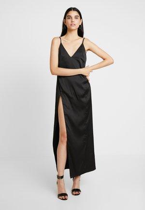 AKASA DRESS - Společenské šaty - black