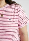 Lee Plus - STRIPE TEE - T-Shirt print - frost pink