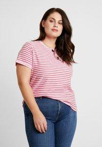 Lee Plus - STRIPE TEE - Camiseta estampada - frost pink - 0