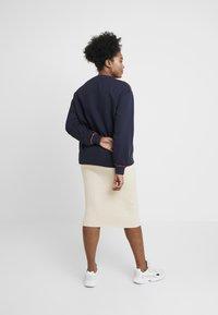Lee Plus - LOGO - Sweater - midnight navy - 2