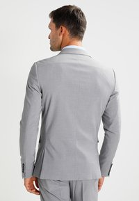 Lindbergh - Completo - light grey melange - 2