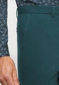 Lindbergh - PLAIN MENS SUIT SLIM FIT - Kostuum - dark green - 6
