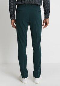 Lindbergh - PLAIN MENS SUIT SLIM FIT - Kostuum - dark green - 5