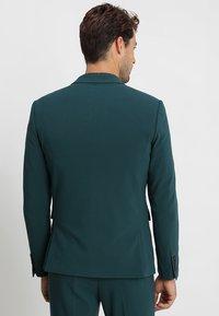 Lindbergh - PLAIN MENS SUIT SLIM FIT - Kostuum - dark green - 3