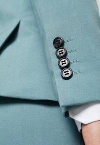 Lindbergh - Oblek - mint - 12
