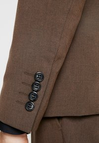 Lindbergh - PLAIN MENS SUIT SLIM FIT - Oblek - brown melange - 7