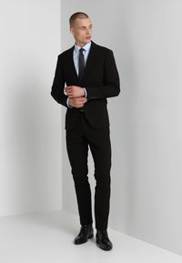 Lindbergh - PLAIN MENS SUIT SLIM FIT - Oblek - black - 0