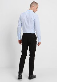 Lindbergh - PLAIN MENS SUIT SLIM FIT - Oblek - black - 5