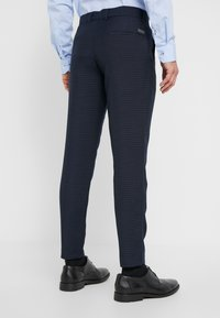 Lindbergh - HOUNDSTOOTH SUIT - Oblek - dark blue - 5