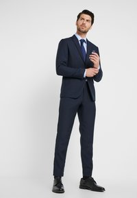 Lindbergh - HOUNDSTOOTH SUIT - Oblek - dark blue - 1
