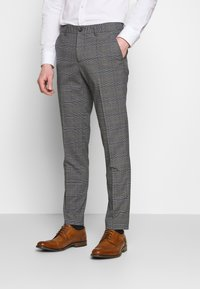Lindbergh - CHECKED SUIT - Costume - grey - 4