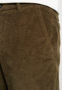 Lindbergh - CROPPED PANTS - Bukser - army - 3