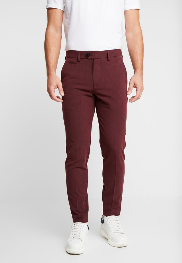 CLUB PANTS - Kangashousut - red