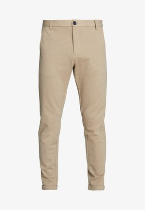 KNITTED CROPPED PANTS - Chinos - sand