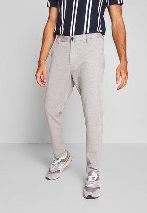 CROPPED PANTS - Chinot - light grey
