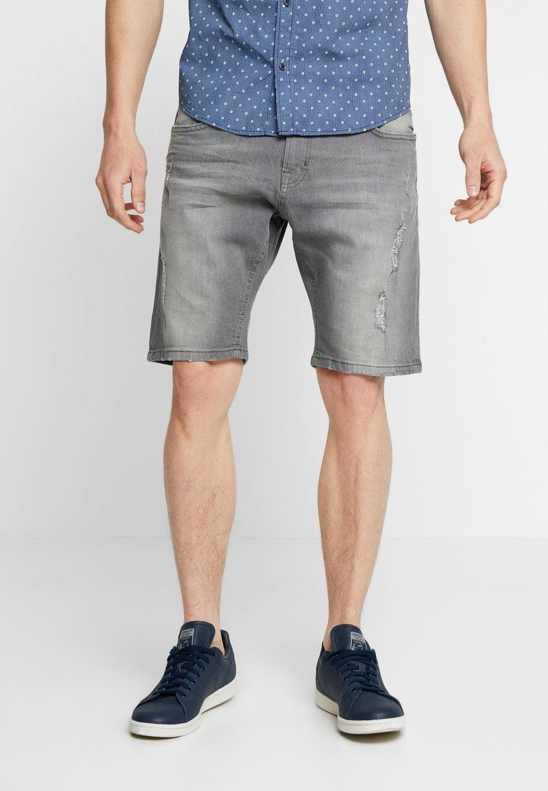 Lindbergh - REGULAR FIT  - Denim shorts - grey highway