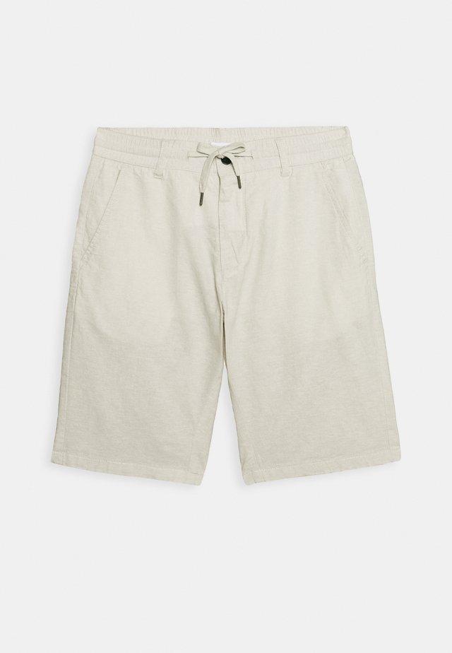Shorts - light sand