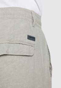 Lindbergh - Shorts - grey - 5