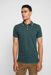 Lindbergh - Poloshirt - moss green - 0