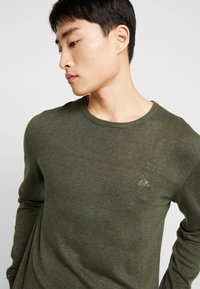 Lindbergh - ROUND NECK - Neule - army - 3