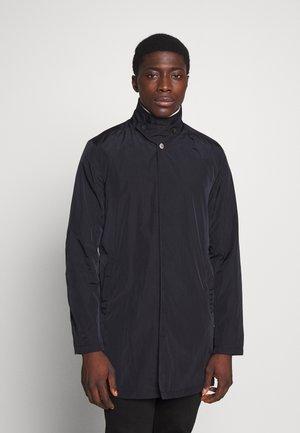 MACKINTOSH - Krátký kabát - black