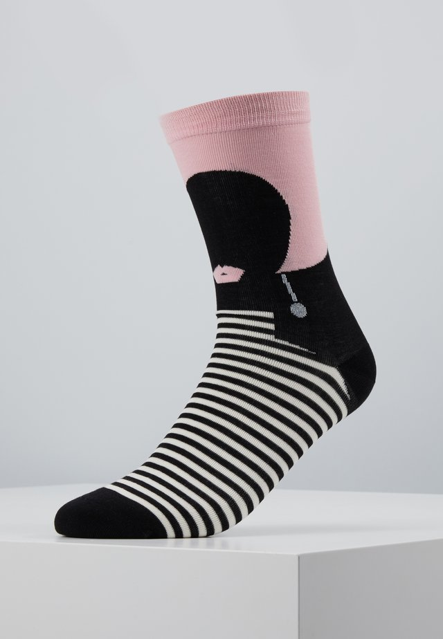 HEART FACE SOCKS - Sukat - pink