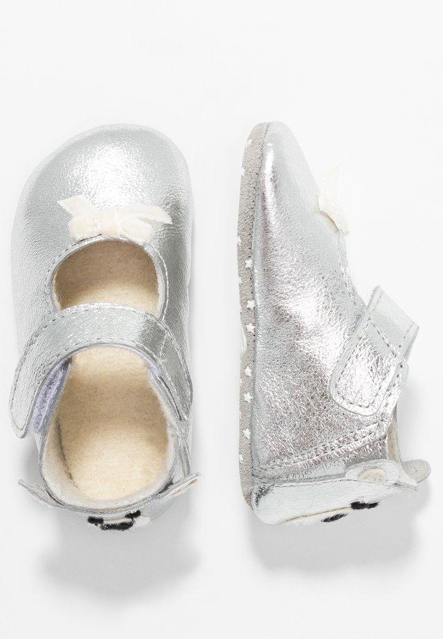 NEWBORN - First shoes - silber