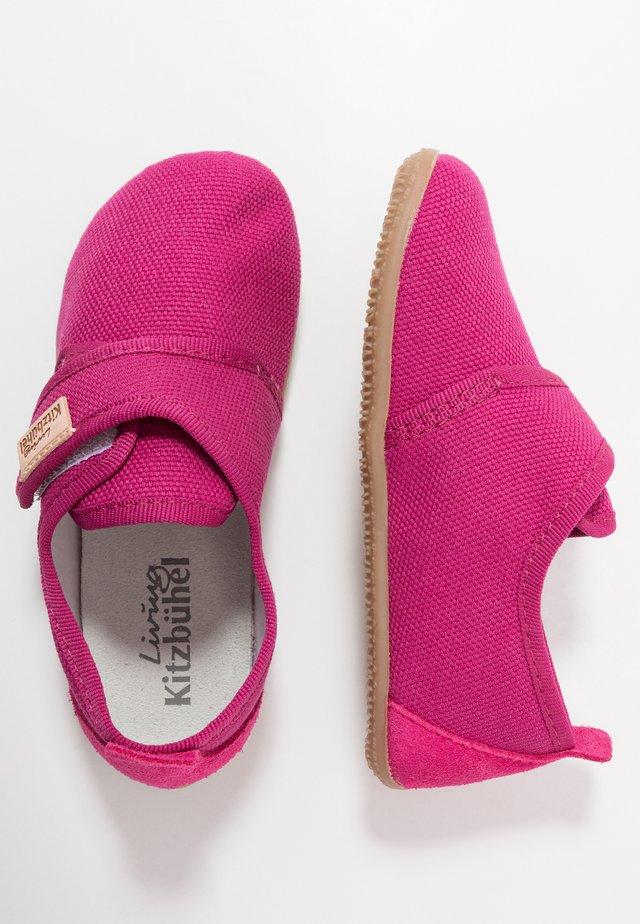 KLETTMODELL - Pantofole - fuchsia