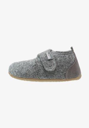 BABYKLETT - Domácí obuv - grau
