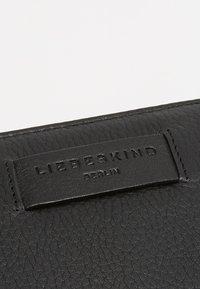 Liebeskind Berlin - CONNY - Portefeuille - black - 2